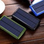 Chargeur solaire, Vivostar 20000mAh Portable Power Bank Batterie externe de secours Lot double sortie USB (2,1A) chargeur de panneau solaire avec lumière LED pour iPhone, Samsung Galaxy, iPad, caméra GoPro, GPS et plus de la marque VivoStar image 6 produit